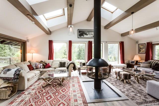 luxury ski chalet chamonix chalet aubepines ten80 collection. Black Bedroom Furniture Sets. Home Design Ideas