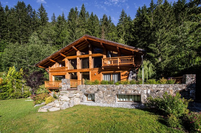 Traditional chalet - Chamonix - Exterior in summer